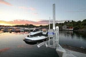 black and white jetski on PWC 1500 Personal Watercraft Lift