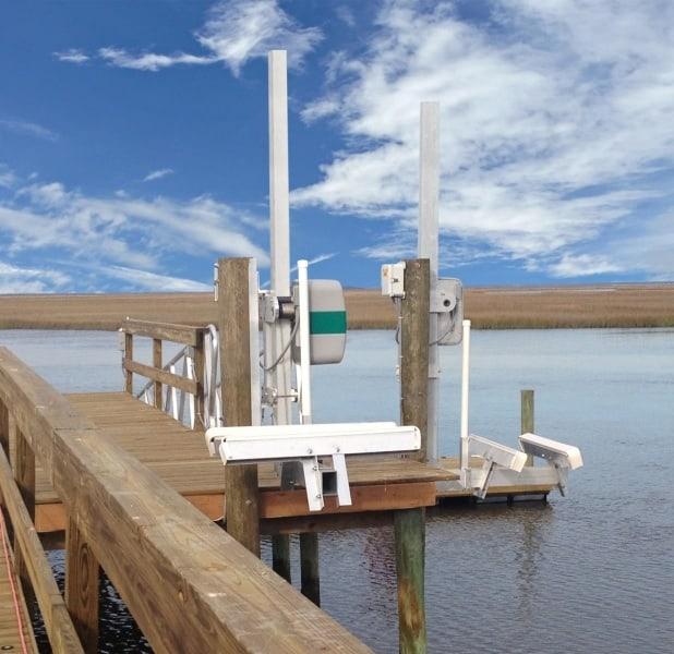 PWC 1500 Personal Watercraft Lift - image 1500PWC on http://iqboatlifts.com