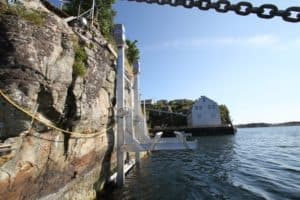 Elevator Lifts Gallery - image 16000-sheer-cliff-install2-300x200 on http://iqboatlifts.com