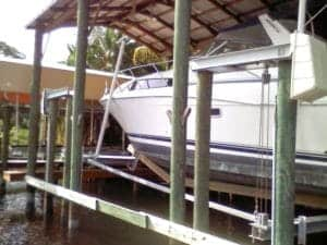 Boathouse Lifts - image Boat-Lift-U.S-6-300x225 on http://iqboatlifts.com