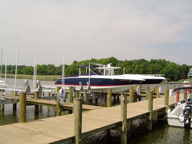 Vintage Boat Lift Styles - image DSC00718 on http://iqboatlifts.com