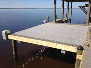 Specialty Lifts Gallery - image Deck-Lift-300x225 on http://iqboatlifts.com