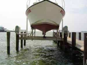 Vertical Lifts Gallery - image Superlift-rose-2-300x225 on http://iqboatlifts.com