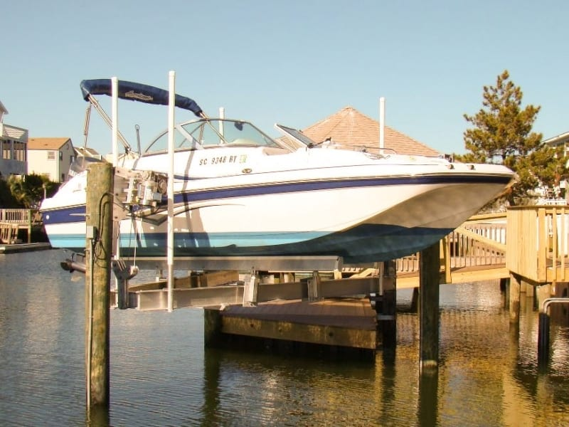 Vintage Boat Lift Styles - image Trident-3 on http://iqboatlifts.com