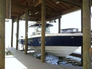 Boathouse Lifts Gallery - image boat-house-6-300x224 on http://iqboatlifts.com