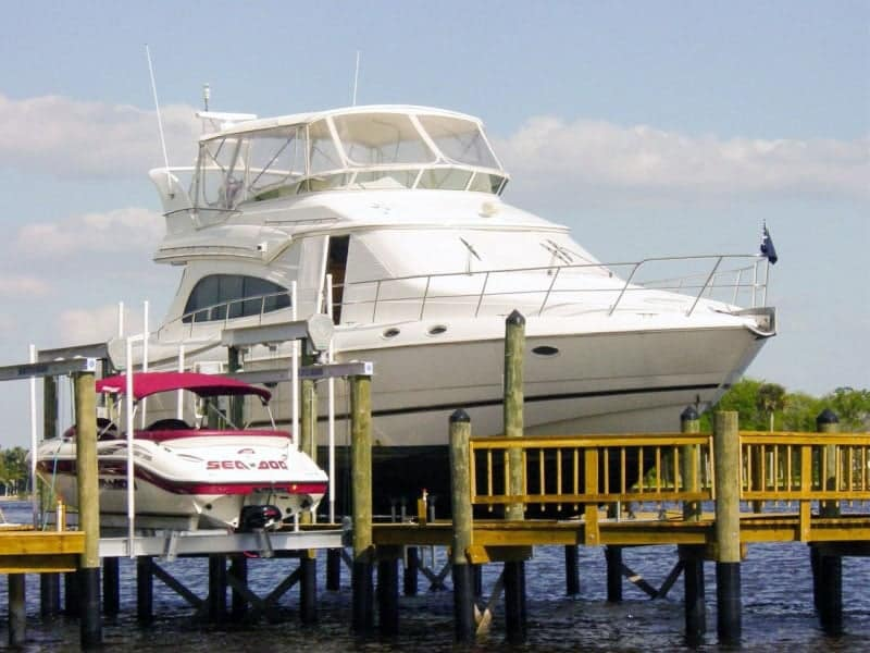 How to Choose the Correct Capacity Boat Lift for your Boat