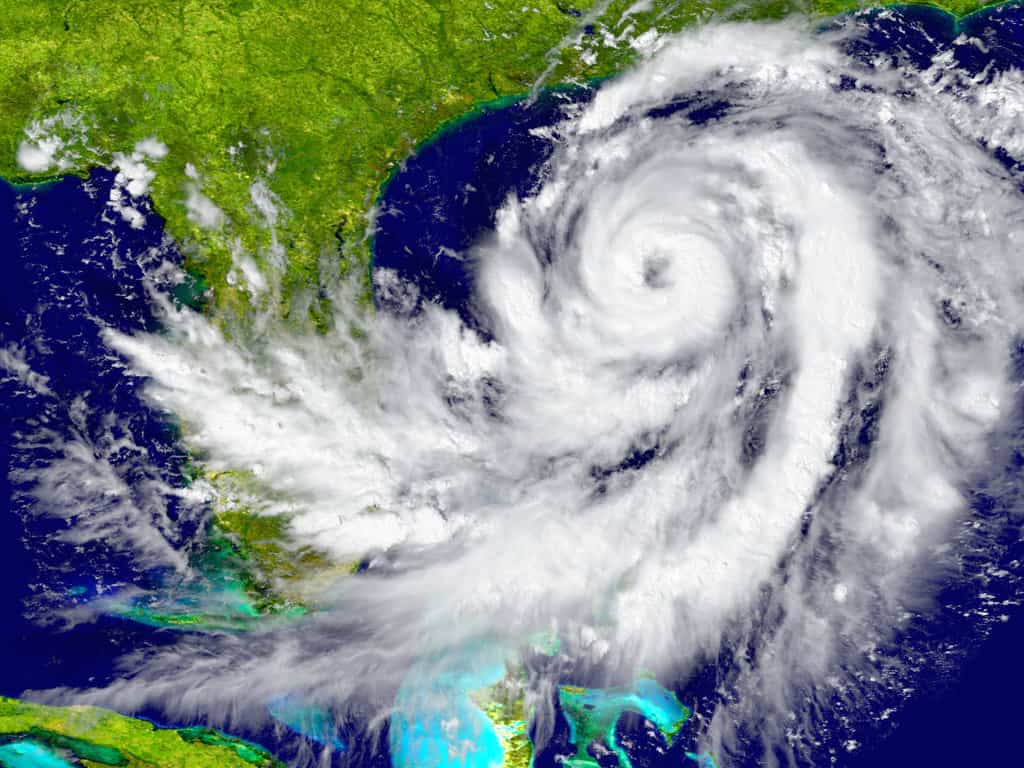 How to Prepare your Boat and Dock for Hurricane Season - image How-to-Prepare-your-Boat-and-Dock-for-Hurricane-Season on http://iqboatlifts.com
