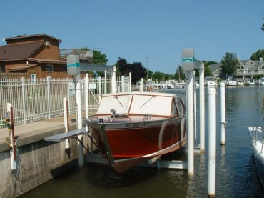 HISTORY OF BOAT LIFTS - image history03-370x277 on https://iqboatlifts.com