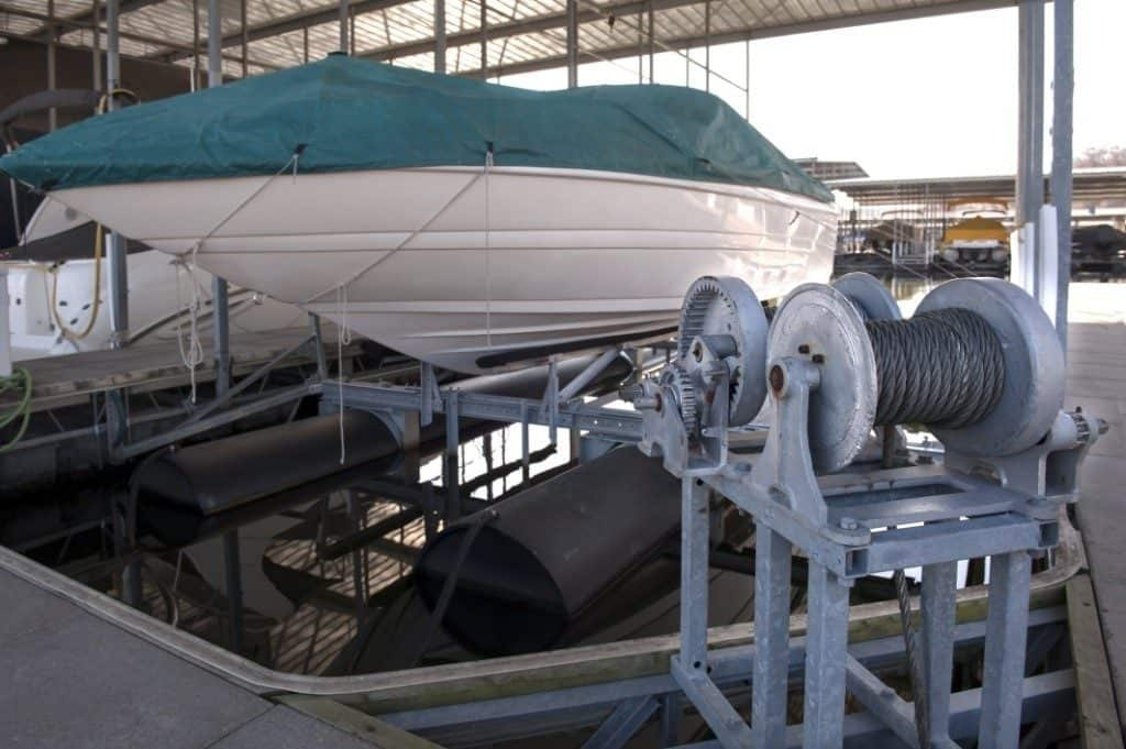 Installing A New Boat Lift Cable - image when-to-replace-your-boat-lift-cable-1024x681 on http://iqboatlifts.com
