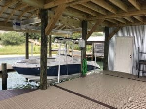 Boathouse Lifts Gallery - image Boathouse-suspension-bracket-2-300x225 on http://iqboatlifts.com