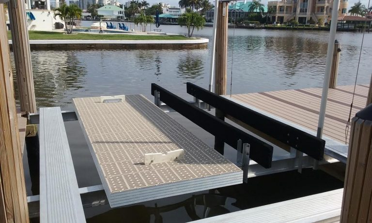 Deck Lifts - image  on http://iqboatlifts.com